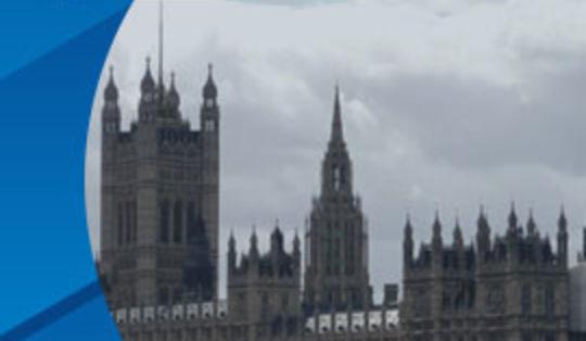 Согласно новым правилам карантина букмекерские конторы Англии снова откроются